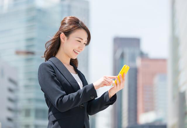 新卒・キャリア採用とも、求職者は企業サイトで情報収集する