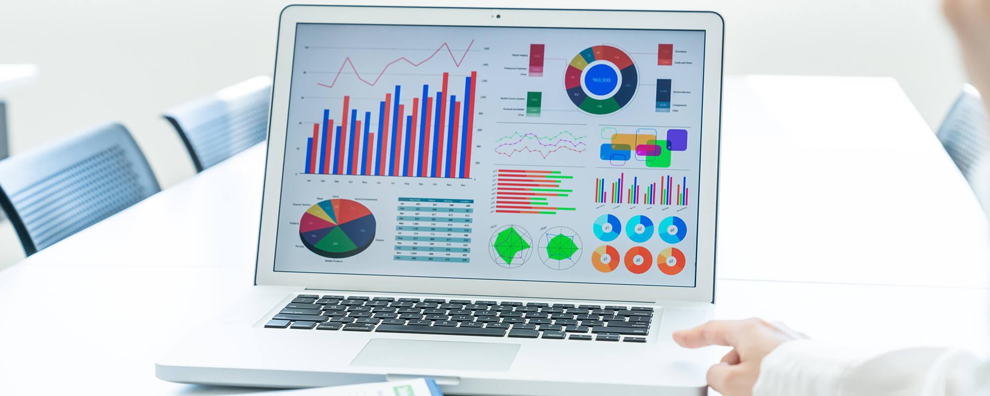 Googleアナリティクスを使ってWebサイトの解析を進めると、課題や改善点が浮かび上がり狙うべきターゲットが明確になります。